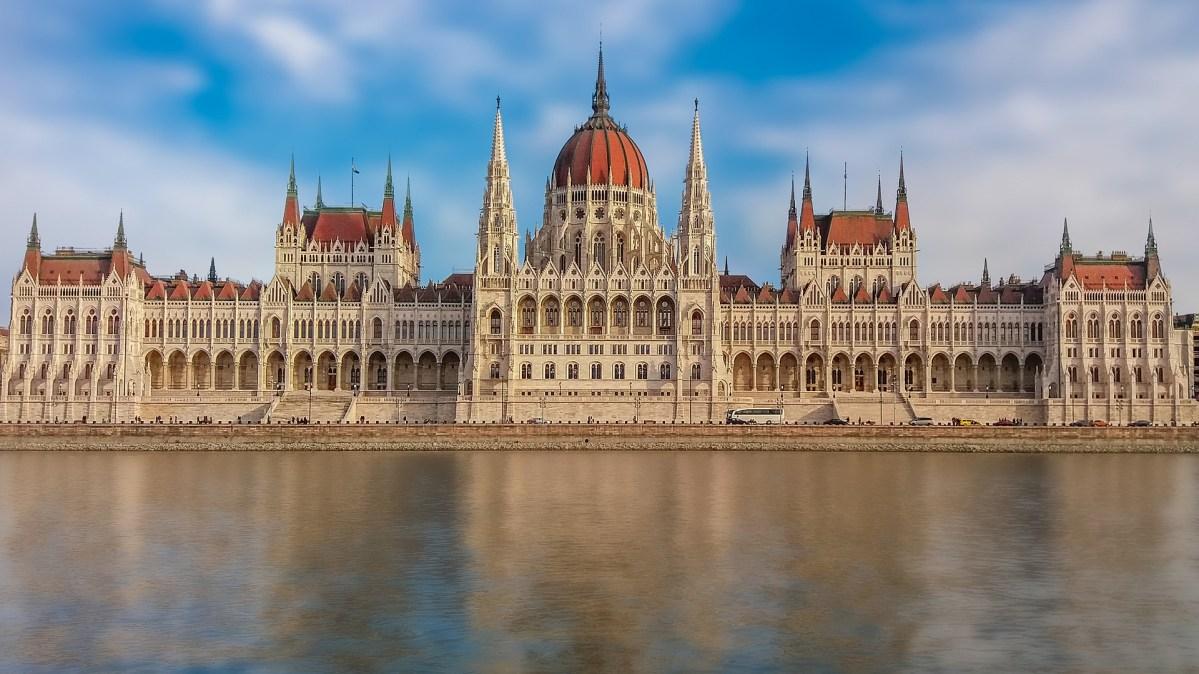 Visita guidata al Parlamento di Budapest