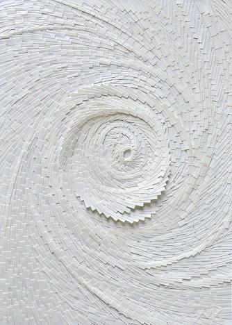 Circonvolutiblanche verticle 3 - Micro-collages 14,5x21 cm - VENDU