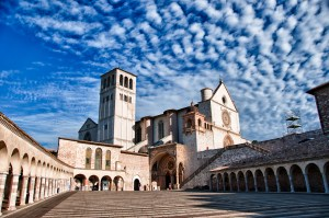 Basilica-Papale-San-francesco-di-Assisi1