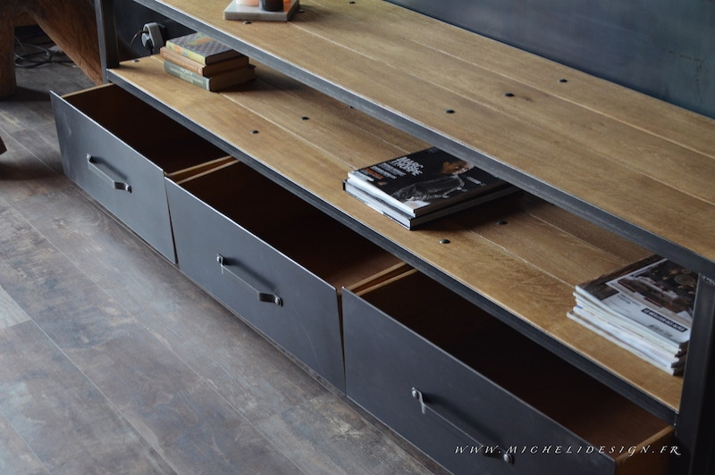 meuble tv de style industriel 3 tiroirs