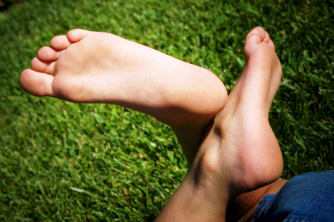 Should I apply essential oils to the soles of my feet?