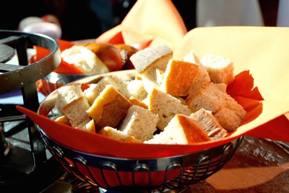 Bread for cheese fondue