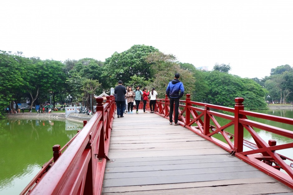 Ngoc Son Temple Bridge