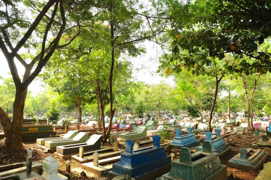 Muslim Graveyard 2