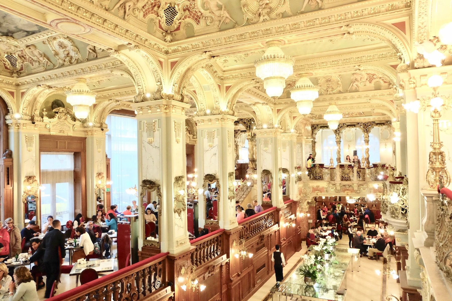 New York Cafe Budapest - Michelle Franc-LeeMichelle Franc-Lee