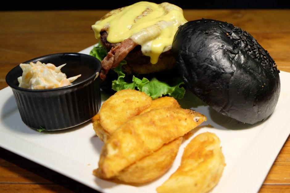 Blacklisted Black Charcoal Burger Jakarta
