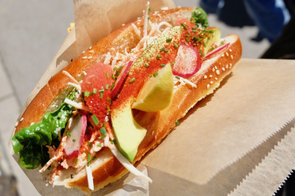 Lobster & Co. hotdog vevey