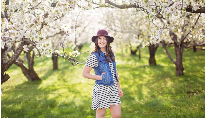 Allie | Utah Senior Photographer | Farmington, UT Orchard