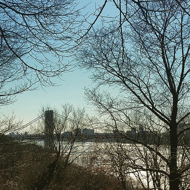 View of the George Washington Bridge #nyc #forttryonpark #washingtonheights #forttryonparktrust #tonewjersey