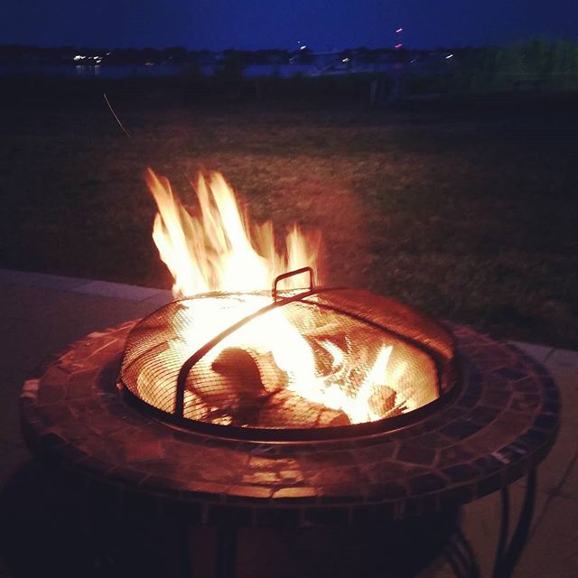 Fire pit action #4thofjuly #hamptonbays #summer