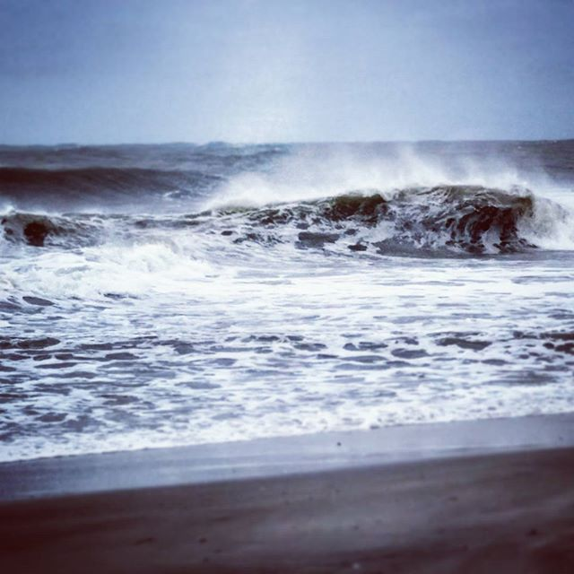 Where One Breaks, Others Follow #seascape #joaquin #hurricanejoaquin #ponquogue #hamptonbays #roughseas #waves #beach