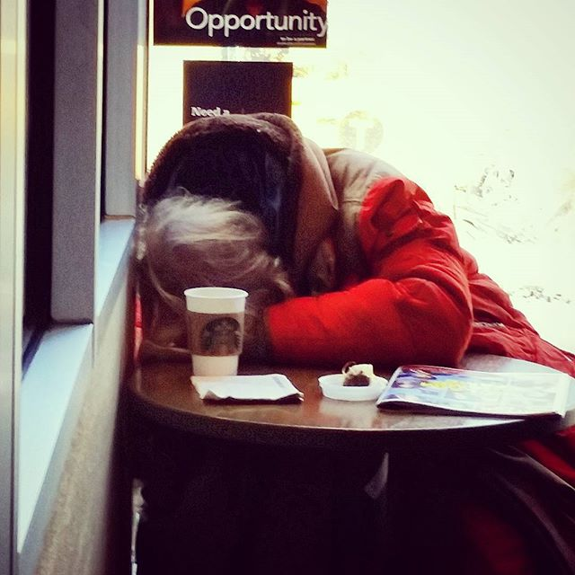 Naptime At #starbucks #guessthecaffeinedidntwork #sleepy #dayoff