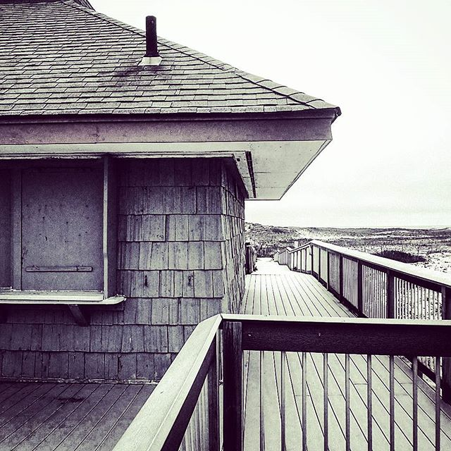 Off Season #hamptonbays #longisland #bw #blackandwhite #seascape #atlantic #thebeach #beach