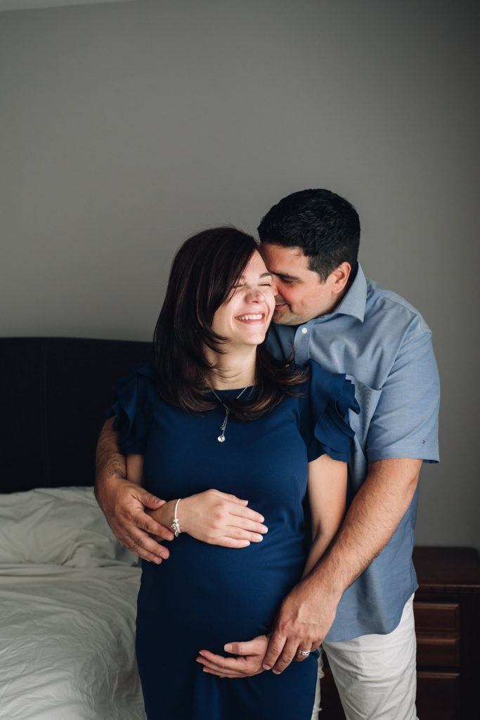 Montreal Pregnancy Photographer