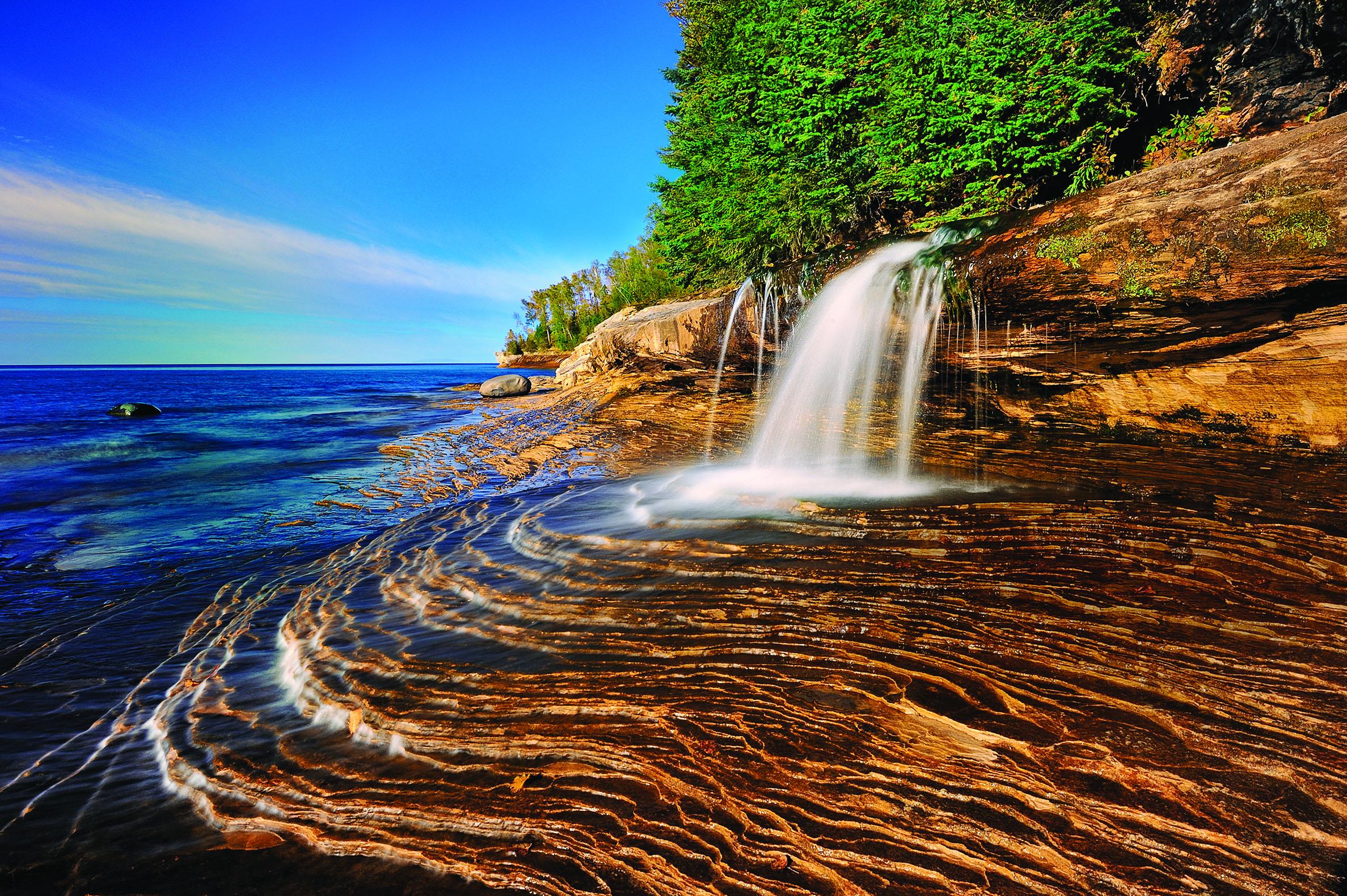 Pure Michigan Fall Wallpaper A List Of Enchanting Michigan Waterfalls To Visit Year