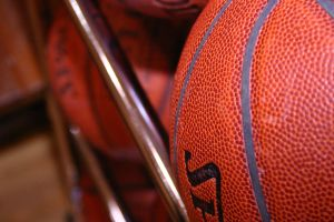 basketballs-626200-m