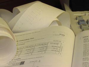accounting-calculator-tax-return-90372-m