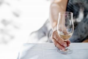 wine-1368042-m