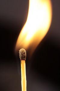 1209539_lighting_a_match_2