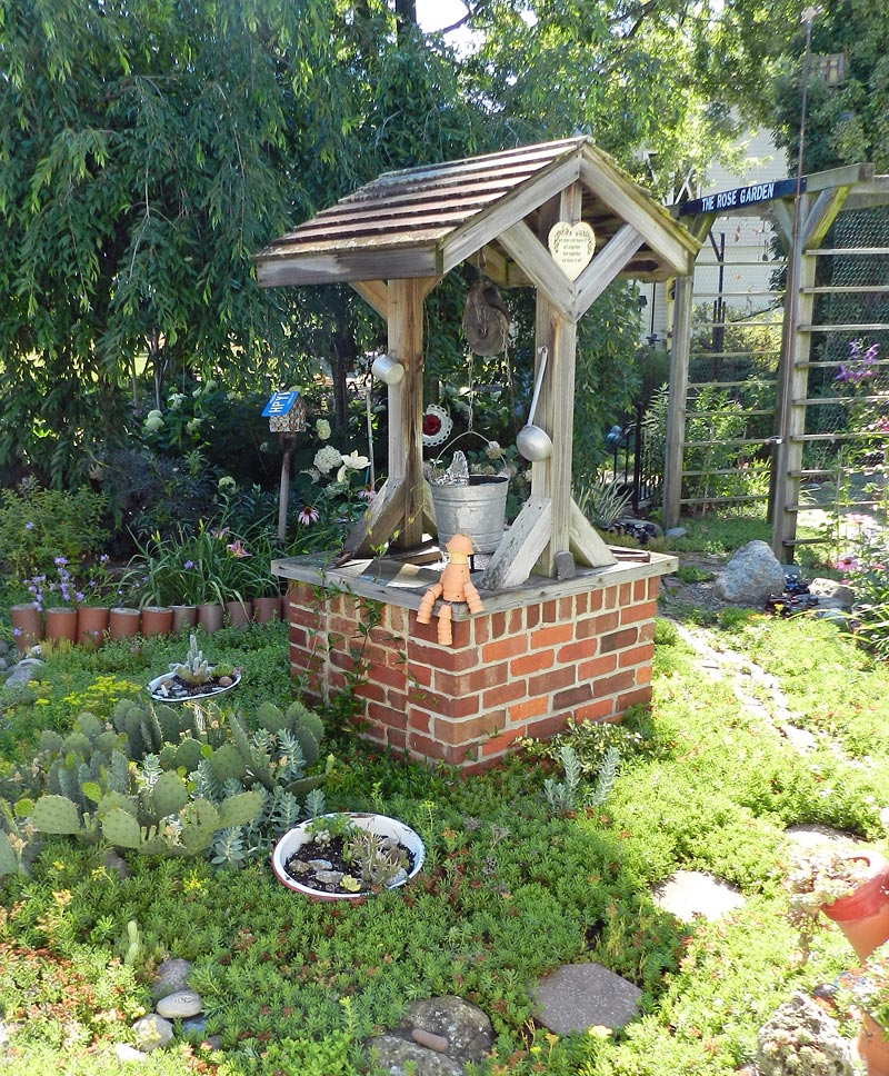 Garden Wishing Well Ideas