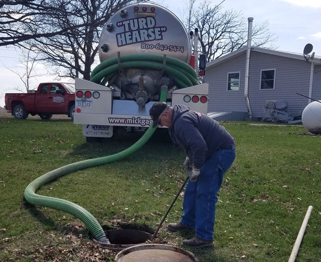 Septic tank pumping cedar hearth mick gage plumbing for Septic tank fumes in house