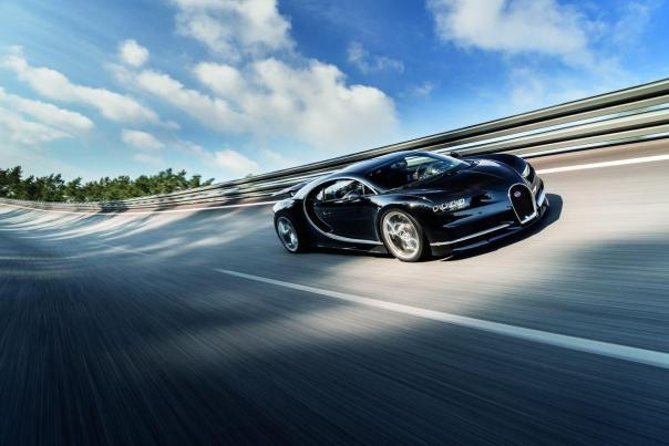 bugatti-chiron alquiler y venta de coches de lujo Ibiza