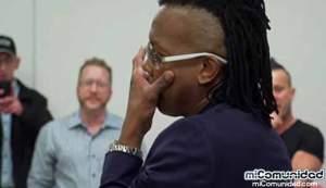 VIDEO: Newsboys se conmueve tras escuchar a indigentes cantar su canción