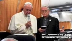 Papa dice que cristianos deben pedir perdón a homosexuales