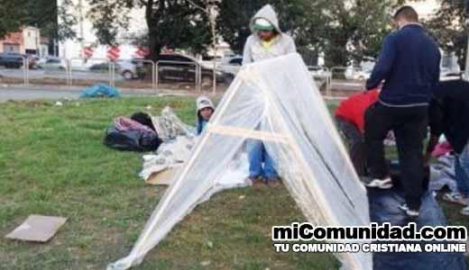 Iglesia usa diezmo para construir refugios para personas sin hogar