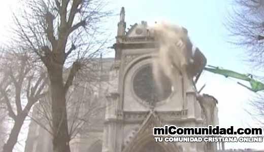 2800 templos cristianos serán demolidos en Francia