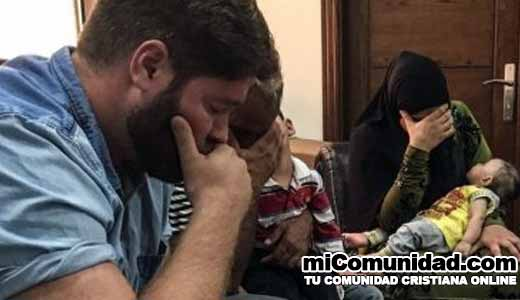 Pareja musulmana se convierte tras soñar con Jesús