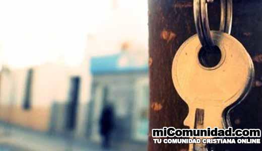 Alcalde decide entregarle las llaves del municipio a Dios
