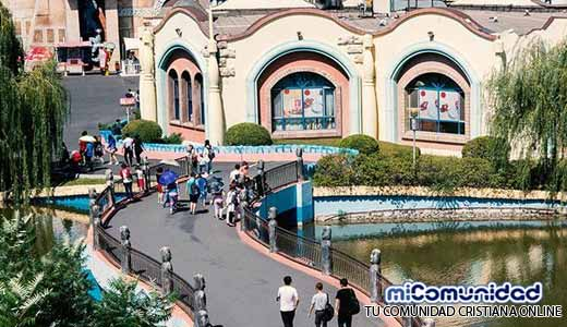 China abrirá el parque cristiano más grande, pese a críticas