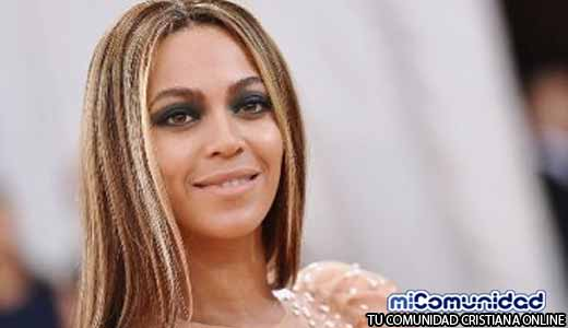 Beyoncé trabaja con su pastor para ayudar a afectados por huracán Harvey