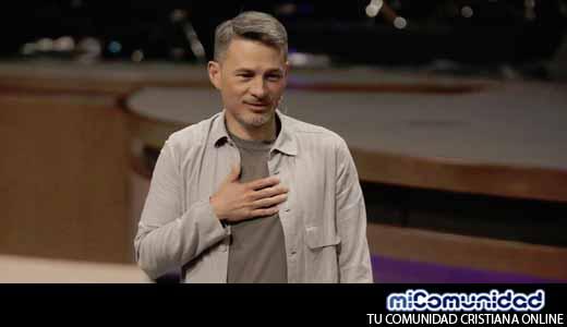 Video: Cash Luna explica como hacerse millonario utilizando a la iglesia como negocio ¡Insólito!