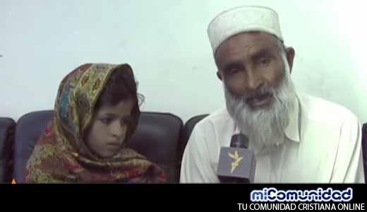 """Niña de 6 años es obligada a casarse con anciano de 76 en Pakistan """"Ya es toda una mujer"""""""