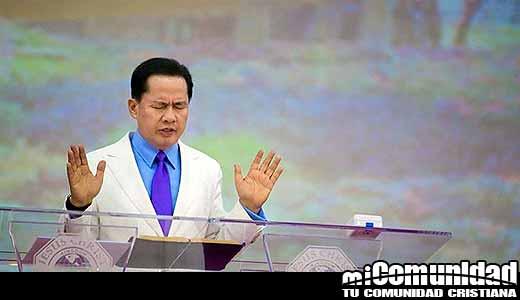 Apollo Quiboloy, Pastor de Mega Iglesia que clama ser reencarnación de Jesús, detenido con montones de dinero en efectivo