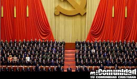 Cristianos se indignaron cuando China saca biblias de las librerías para cumplir con los 'valores del socialismo'