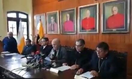 Iglesia Católica y organización rechazan matrimonio igualitario.
