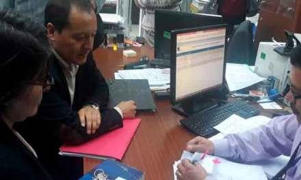 Pablo Dávalos presenta demanda de inconstitucionalidad al acuerdo con el FMI