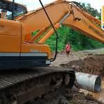 CON CONSTRUCCIÓN DE ALCANTARILLA, PREFECTURA REHABILITA CIRCULACIÓN EN ISLA SARAYACU