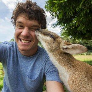 Allan_Dixon_selfie_animal_9