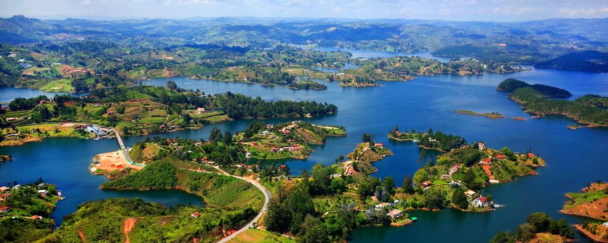 Tour Invertir en Medellín para obtener una VISA en Colombia