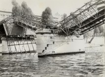 Puente de las Artes Ship Crash 2
