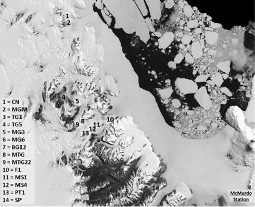 Suoli antartici: identificati tramite viromica i driver ambientali che guidano la composizione della comunità virale. Mappa della regione di campionamento nel sistema Dry Valley dell'Antartide (US Geological Survey, 2016, Landsat Image Mosaic Of Antarctica).