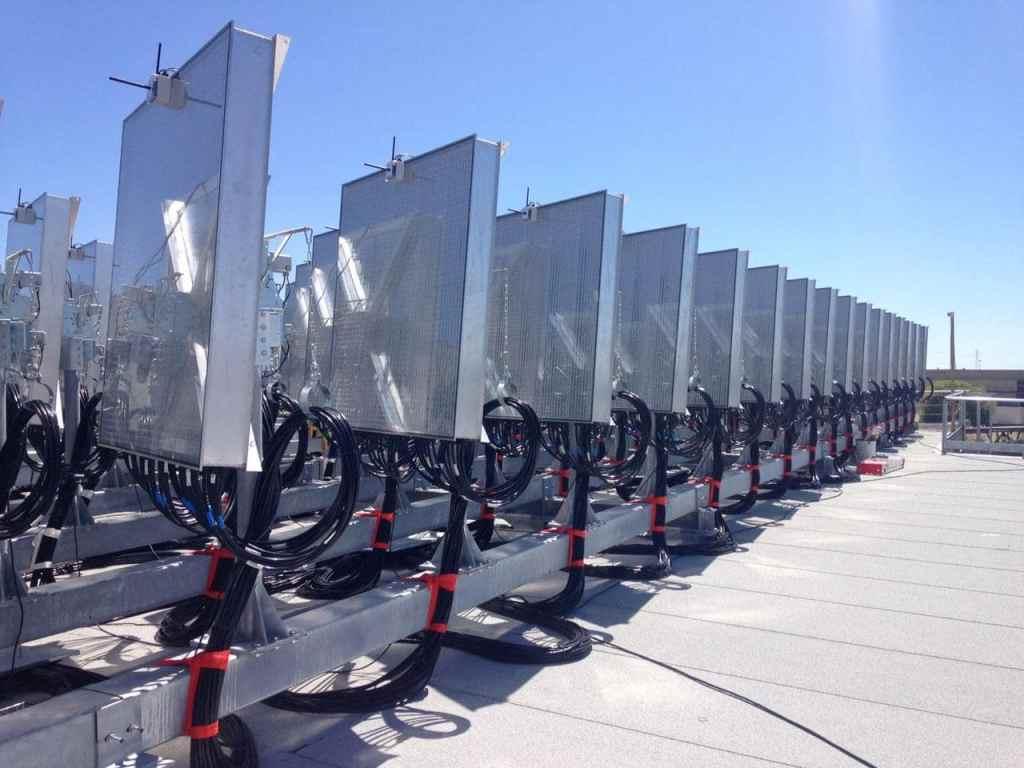 Impianto di accumulo dell'energia solare per i fotobioreattori