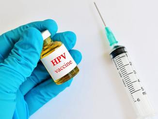 Profilassi con vaccino HPV riduce il rischio di sviluppare numerosi tipi di tumore.