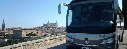 Alquiler autobús 2 pisos para desplazamientos numerosos