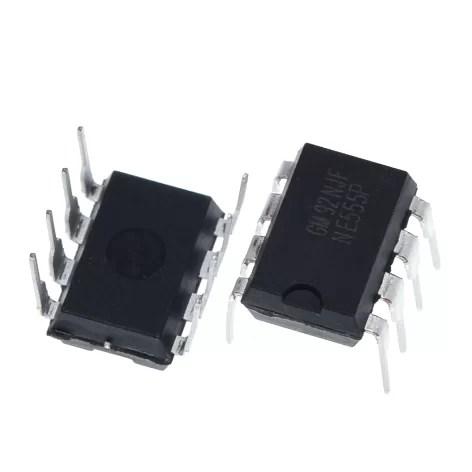 NE555 - Időzítő IC