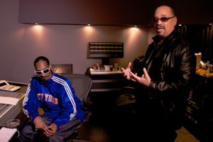 (L-R) Snoop Dogg and Ice-T in ``Something From Nothing: The Art of Rap.''